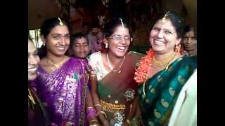 harati song by sisters