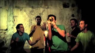 """Non è facile"", La Pegatina (""Eureka!"", Kasba 2013)"