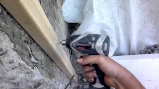 видео Крепление бруса к бетону