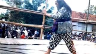 Download lagu mengenang gus maksum: pelopor Pagar Nusa