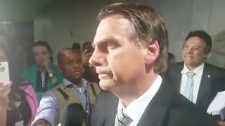 JORNALISTA QUIS BRINCAR COM O JAIR BOLSONARO E SE ARREPENDEU...