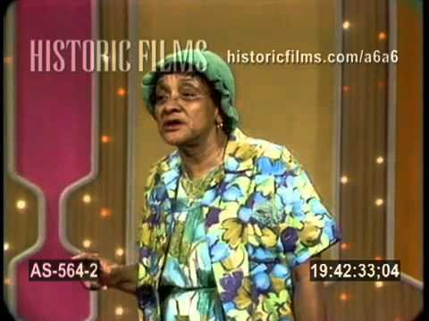 "Jackie  "" Moms "" Mabley performs  live  1969"