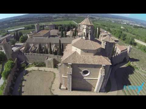 Montblanc, Guimera, Prades, Siurana, Poblet, Cartuja de Escaladei y Monasterio Cisterciense.