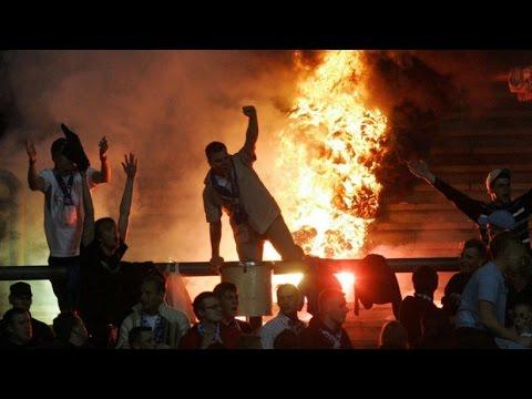 Hooligans im Stadion | Gewalt und Aggression - Polizei in Extremsituationen | Doku 2015