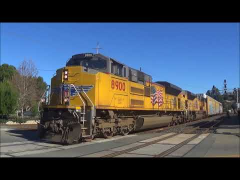 [HD] A Day Out With Amtrak And UP At Martinez: UP 1005, An AC4460CW, And More! (01/20/18)