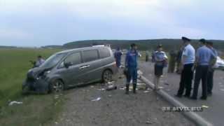 Подробности аварии под Иркутском с участием автобуса с детьми(В результате опроса очевидцев и изучения записей видеорегистратора определены наиболее вероятные причины..., 2013-07-29T13:09:04.000Z)