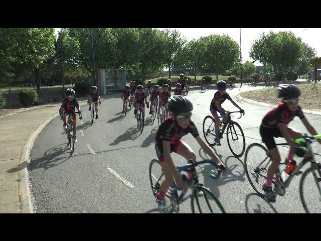 Entrenando con la Escuela de Ciclismo PROMESAL