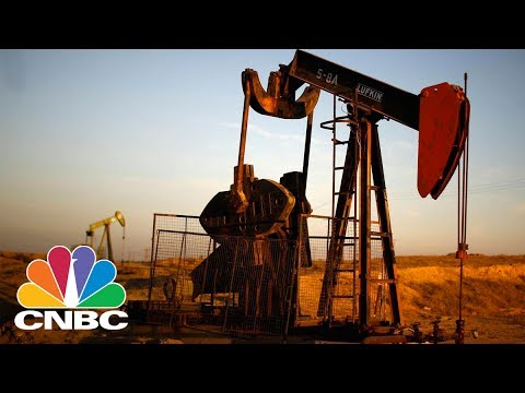 Trader Repositions For A Bigger Fall In Crude | Trading Nation | CNBC