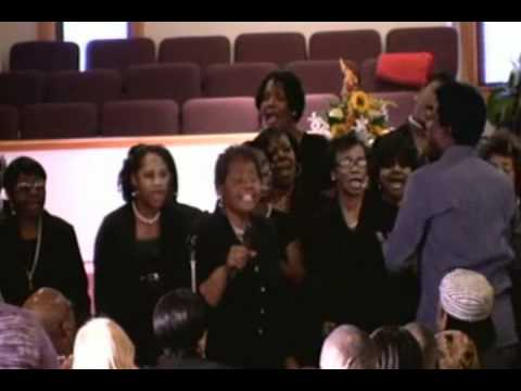 """The Walker Family Choir singing """"On My Way To Heaven"""""""