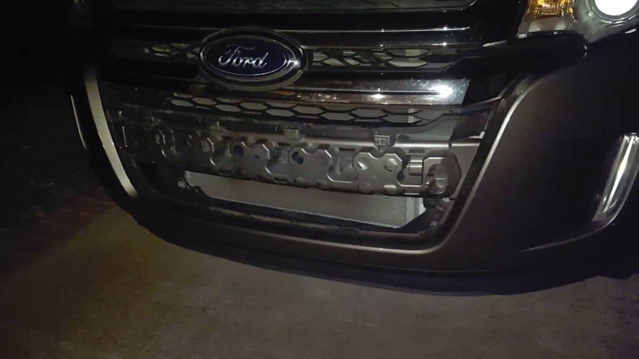 2013 Ford Edge Grill And License Plate Stolen Youtube