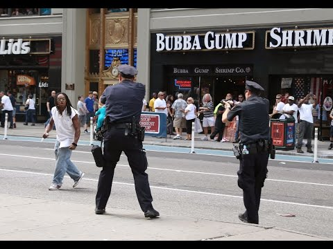 NYPD officers shoot man in Times Square