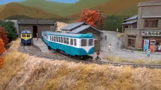 【小さな鉄道模型】崖っぷちの紅葉谷を走る軽便鉄道