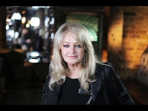 Bonnie Tyler talks Total Eclipse of the...