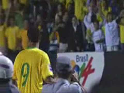 Brazil (Luis Fabiano) 2-1 Uruguay