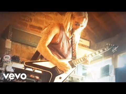 Judas Priest - No Surrender (Official Video)