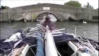 Cruising a Hunter Horizon 23ft Sailing Yacht On The Norfolk Broads