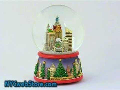 New York City Skyline Christmas Snow Globe