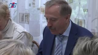 Свой профессиональный праздник – день социального работника - отмечают 6 тысяч крымчан