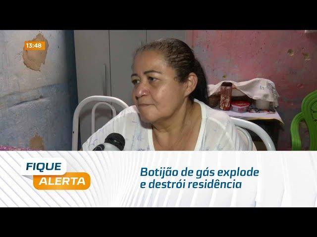 Vale do Reginaldo: Botijão de gás explode e destrói residência