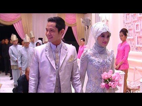 Resepsi Pernikahan Dude Herlino dan Alyssa Berlangsung Megah - Intens 23 Maret 2014