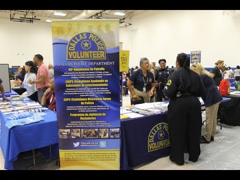 DPD Volunteers at Unidos Chief on the Beat Event 09.23.17