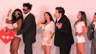 "Long Lines - Robin Thicker (A PARODY OF ""BLURRED LINES"" - BY ROBIN THICKE)"