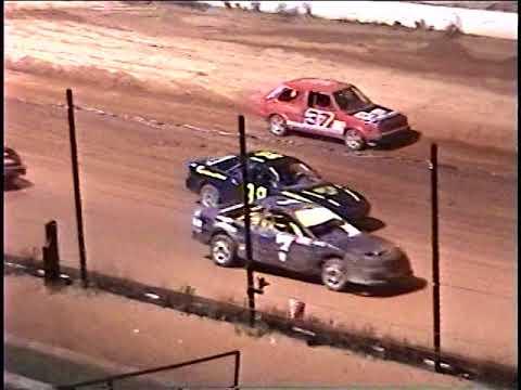 Southern Raceway. Milton FL: Sept 03, 05 Stinger Feature Race