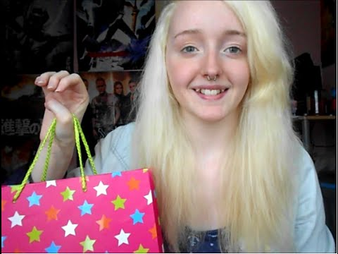 Shopping Assistant Roleplay - Soft Spoken - Tapping, Crinkling, - ASMR