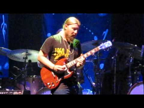 Tedeschi Trucks Band - The Same Old Blues