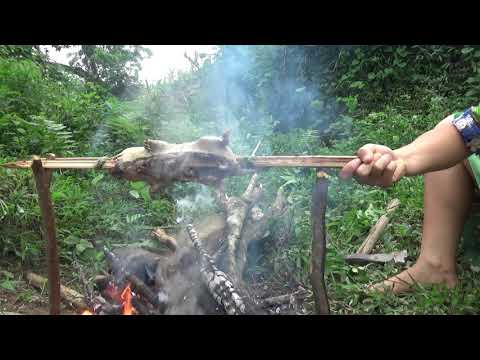 Survival skills: Dig ground catch forest mouse - Cooking forest mouse for eating delicious
