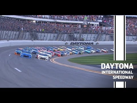 What time does the Daytona 500 start today? TV channel, green flag ...
