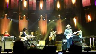 "Eric Clapton & Jeff Beck, Live,  "" Hi Ho Silver Lining"" O2 Arena London 14th February 2010, Finale"