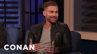 Seann William Scott Sold Churros At The LA Zoo - CONAN on TBS