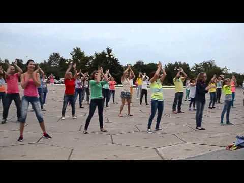 Танцевальный флэшмоб в Комсомольске-на-Амуре