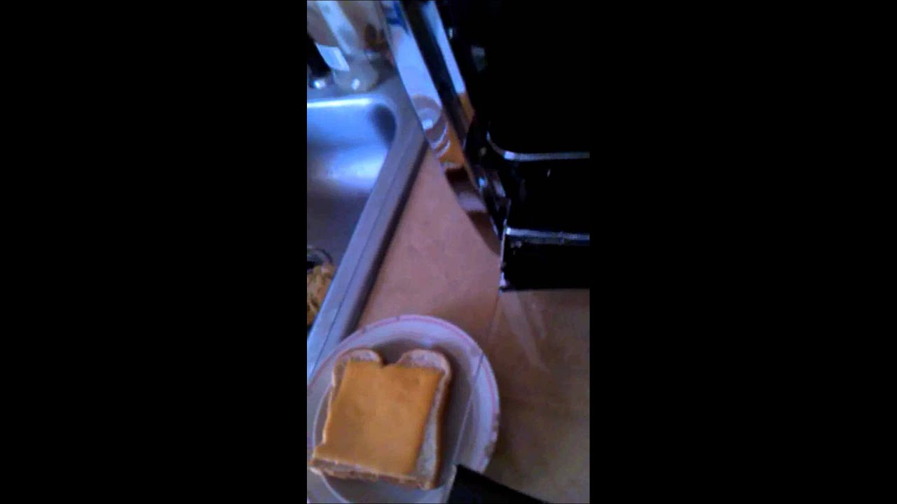 How to make grilled cheese in toaster oven
