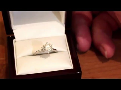 Buying an engagement ring online is a great decision