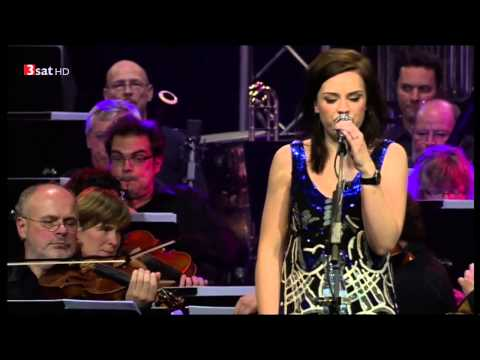 Amy Macdonald & The German Philharmonic Orchestra (Full Conc