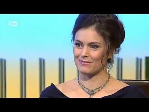 Talk mit DW Moderatorin Ariane de Hoog  Typisch deutsch