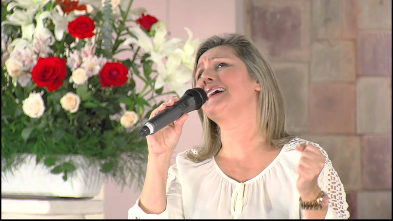 Simone Menezes - Salvador, a ti me rindo - Red ADvenir Television