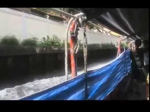 THAILAND... trip from pratunam market to bobae by canel boat