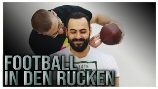 Du Zucken - Du Football auf Rücken