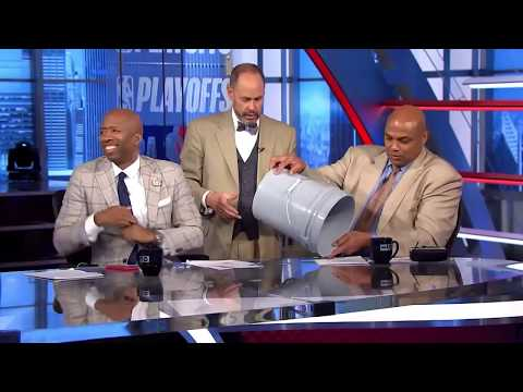 Inside the NBA: EJ's Neato Stat - Chuck Plays With Flex Tape