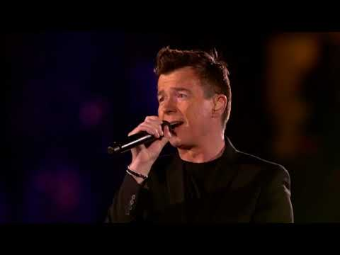 21 Toppers in concert 2016 Rick Astley Medley.mp4