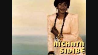 Download Aichata Sidibé: Nana gnanadjè MP3 song and Music Video