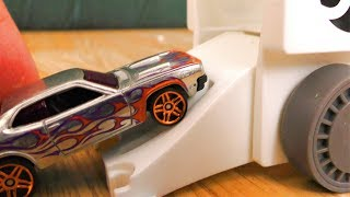 LOADING TOY CARS IN HOT WHEELS MEGA HAULER
