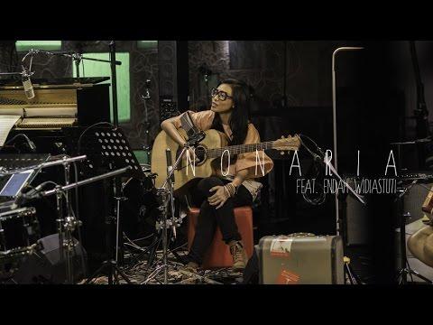 NONARIA Ft. Endah Widiastuti - Juwita Malam