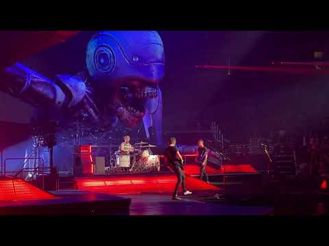 stockholm-syndrome---muse-simulation-theory-world-tour-(4/4/19)