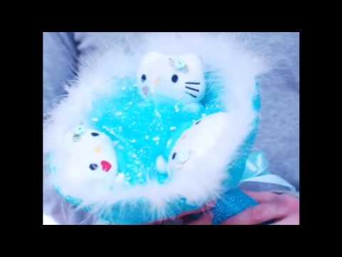 Смотреть Букет из мягких игрушек котики Хелло Китти
