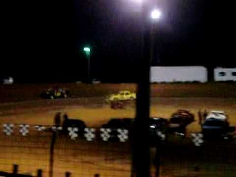 Central Alabama Motor Speedway 1st half feature 4-10-2010 #34 Patric Wallace