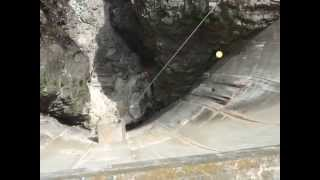 Pete's 007 dam jump
